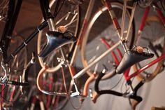 hanging bikes