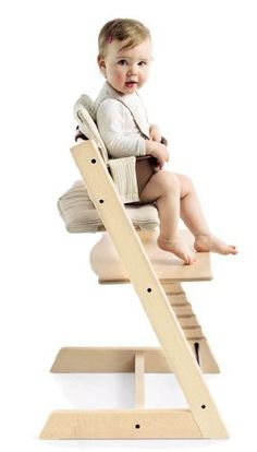 Stokke TRIPP TRAPP Complete – Natural  http://www.babystoreshop.com/stokke-tripp-trapp-complete-natural-2/