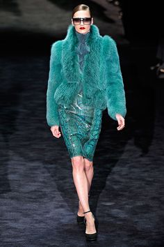 Gucci Fall 2011 RTW - Review - Fashion Week - Runway, Fashion Shows and Collections - Vogue