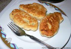 Αφού η μαμά αποφάσισε να κάνει πισία στα ξαφνικά... τι άλλο να κάνεις από το να κρατήσεις ντοκουμέντα από τη διαδικασία Greek Beauty, Greek Recipes, Food To Make, Sweet Home, Turkey, Food And Drink, Baking, Breakfast, Meat Pies