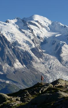Mont-Blanc 4810m, vue depuis le domaine des Aiguilles Rouges | Vallée de Chamonix, Alpes, France | Location de vacances toute l'année www.collineige.com