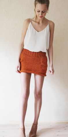 www.lokal-osl.no Mini Robes, Knit Skirt, Rock, Fall Dresses, Fashion Outfits, Womens Fashion, Knitwear, Ballet Skirt, Skirts
