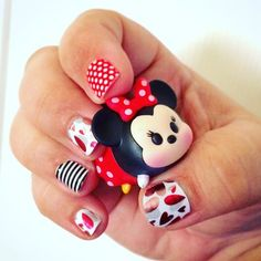 My Minnie love Mickey mani! #jamberry #jamberrynails #disney #inspired #minniemouse #tsumtsum #minnielovesmickey #paperheartsjn #poppywhitepolkajn #blackwhiteskinnyjn #nails #nailart #nailwraps #naildesigns #truelove #valentines #hearts