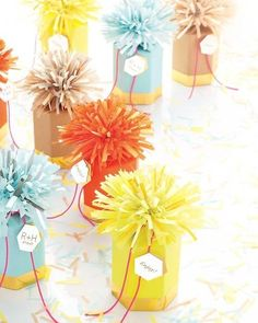 Learn how to craft these fringed favors here http://www.marthastewartweddings.com/310027/fringed-favor#