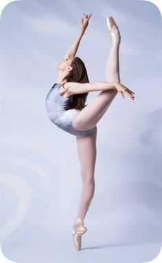 Summer 2017 from Dance LifeStyle Ballet Poses, Dance Poses, Ballet Dancers, Ballerina Poses, Ballet Pictures, Dance Pictures, Dance Photography Poses, Ballerina Photography, Dancers Body