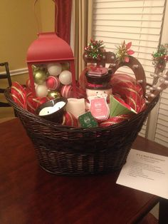 Christmas Auction Basket- balls in lantern is a really cute idea Diy Gift Baskets, Christmas Gift Baskets, Christmas Crafts, Christmas Stuff, Christmas Ideas, Fundraiser Baskets, Raffle Baskets, Theme Baskets, Chinese Auction