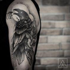 maxvorax: Healed tattoo #crow #blackwork #tattoaria #darkartists #blacktattooart #btattooing #blackworkerssubmission #tattoo (em El Cuervo Ink) Maxwell Alves
