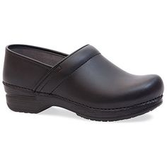 Ultimate Comfort And Performance Give This Iconic Clog Silhouette What You Need For A Long Day On Your Feet. A Removable Cushioned Footbed And Slip-Resistant Outsole.