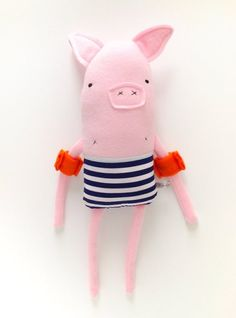 A pig with armbands!! J'Adore xx