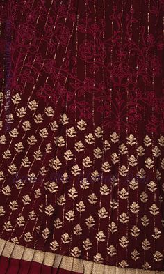 Hand Embroidery Dress, Embroidery Suits, Embroidery Fashion, Hand Embroidery Designs, Creative Embroidery, Machine Embroidery, Saree Blouse Patterns, Saree Blouse Designs, Velvet Pakistani Dress