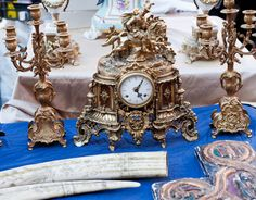 Favorite antiques show: The Sandwich Antiques Market in Sandwich, Illinois. Check out 23 more of our favorite shows here: http://www.countryliving.com/antiques/shops-and-shows/antique-shows-0510