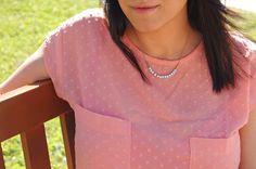 Code: MERRY 10% Off #blackfridaysaleaccesorize El #Collar Elevado al Cubo (Mint) en su versión contraria... un cubito en #rosa y los demás en #azul , colores de este año 2016, empolvados, dulces y pasteles, combinados con la fuerza del dorado, en este caso, latón con un baño de oro de 3 micras, en sus cubos más largos. #cutejewelry #fashionjewelry #necklacesshop #handmadejewelry #jewelrydesigner #pretty #handmadewithlove #lovelyjewels #collar #collaresmujer #joyeriahandmade