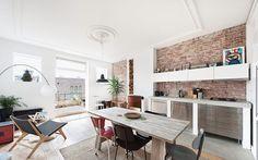 Top Floor Dutch Apartment Gets a Modern Renovation - Design Milk Apartment Renovation, Apartment Interior Design, Design Room, House Design, Magazine Deco, Appartement Design, Industrial Apartment, Modern Industrial, Modern Rustic