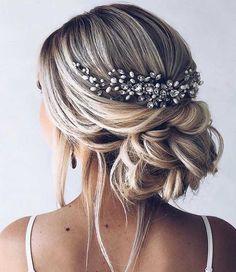 39 Gorgeous Wedding Hairstyles For the Elegant Bride 1 - I Take You | Wedding Readings | Wedding Ideas | Wedding Dresses | Wedding Theme