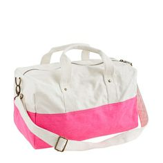 http://rstyle.me/~1l3L8 Cute bag for sleepovers!
