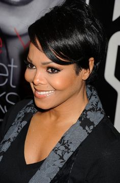janet jackson hairstyle with side bangs