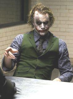 Joker Dark Knight, The Dark Knight Trilogy, Batman Vs Superman, Batman Comic Art, Batman Robin, Christopher Nolan, Dc Comics, Batman Comics, Batman Quotes