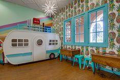 Introducing Besties Cool Treats - frozen yogurt and ice-cream shop interior design seasoned with a pinch of mid-century nostalgia. Shop Interior Design, Store Design, Frozen Yogurt Shop, Shop Interiors, Old And New, Ice Cream, Branding, Building Designs, Treats
