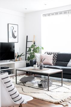 Scandinavian Living Room Inspiration | The Urban Quarters - Interior style, photography tips and printables.