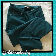"""NWT-$215 LIU.JO Jeans, Laguna(teal), 30 (8) I reallllly don't want to sell these. They are just a tad tight & listing them is giving me the motivation to lose weight. HahaAmazing designer (not well known in U.S.) LIU.JO skinny jeans, mid-rise, 67% cotton, 29% polyester, 4% elastane-SO COMFY and my favorite color(Hard to capture-but it's a gorgeous teal) Approx Measurements: 14.5""""waist, 30"""" inseam, 5"""" leg opening (but they have 4.5"""" zipper if you want more room), 8.5"""" rise, 12"""" back rise…"""