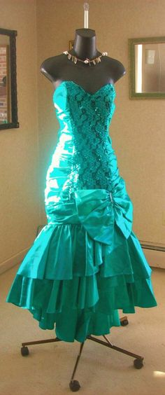 VINTAGE 80s PROM PARTY DRESS MERMAID FISHTAIL WILD CHILD GLAMOUR S-M  AVAILABLE NOW COME SEE ME