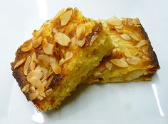 For those who go gaga over nutmeg, this Syrian Nutmeg Cake will do the trick. The Syrian Nutmeg Cake is packed with the richness of nutmeg and seasonings. Just check out the recipe of the rich tasting Syrian Nutmeg Cake. Pear And Almond Cake, Almond Cakes, Almond Nut, Pear Cake, Nutmeg Cake Recipe, Sweet Recipes, Cake Recipes, Yummy Treats, Sweet Treats