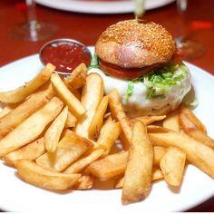 Outdoor Seating, Burgers, Hamburger, Steak, Fries, Join, Lovers, Pasta, Heart
