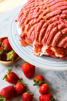 The perfect addition to your Mother's Day celebration, the concha cake! A giant pink concha sliced in half then filled with creamy whipped cream, macerated strawberries. Easy to make and oh so delicious! #dessert  #conchacake #sweetlifebake #sweetlife #sweetliferecipes | sweetlifebake.com @sweetlifebake