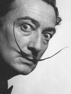 """""""La única diferencia entre un loco y yo, es que yo no estoy loco"""" Salvador Dalí"""