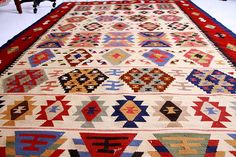 Unique Kilim Rug - Colorful Geometric Designs. Hand woven wool kilim