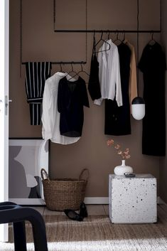 Ideas bedroom design inspiration apartment for 2019 Bedroom Design Inspiration, Home Decor Inspiration, Design Blog, Deco Design, Apartment Interior Design, Interior Design Tips, Apartment Ideas, Diy Wall Decor For Bedroom, Bedroom Wardrobe