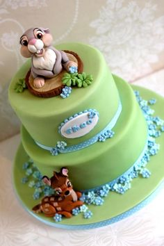 Thumper and Bambi baby shower cake – Cake by Zoe's Fancy Cakes Klopfer- und Bambi-Babyparty-Torte – Torte von Zoe's Fancy Cakes Baby Cakes, Baby Shower Cakes, Cupcake Cakes, Pretty Cakes, Cute Cakes, Zoes Fancy Cakes, Winter Torte, Bambi Baby, Disney Cakes