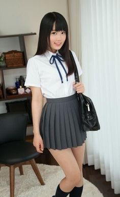 Japanese School Uniform Girl, School Girl Japan, School Girl Dress, School Dresses, School Uniform Girls, Japan Girl, Girls Dresses, Beautiful Japanese Girl, Beautiful Asian Women