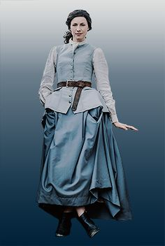 Claire Fraser outfits through the seasons Outlander Show, Outlander Season 3, Outlander Book Series, Claire Fraser, Jamie Fraser, Terry Dresbach, Celtic Clothing, Outlander Costumes, Caitriona Balfe
