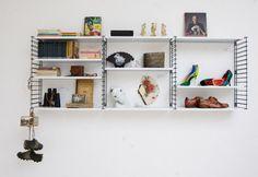 Tover je kot om in een vintage- en DIY-walhalla Future House, Floating Shelves, Modern, Vintage, Google, Kids, Home Decor, Style, Young Children