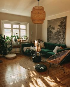 Bohemian Latest And Stylish Home decor Design And Life Style Ideas B. - autohotBohemian Latest And Stylish Home decor Design And Life Style Ideas Bohemian Latest And Stylish Home decor Design And Life Style Ideas Living Room Chairs, Home Living Room, Apartment Living, Living Room Designs, Living Area, Living Room Decor Green Couch, Dining Room, Stylish Home Decor, Room Inspiration