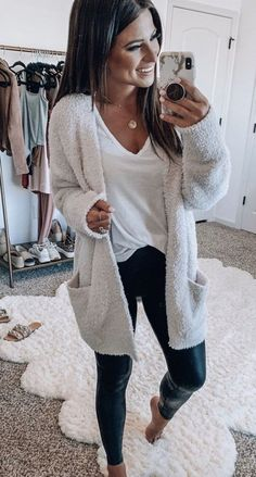 lovely casual fall outfit ideas to copy right now 20 ~ my.me lovely casual fall outfit ideas t. Best Casual Outfits, Fall Fashion Outfits, Casual Summer Outfits, Mode Outfits, Fall Winter Outfits, Autumn Fashion, Winter Clothes, Casual Fall Fashion, Work Fashion