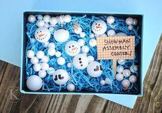 snowman sensory bin - build a snowman (put velcro dots on the snowmen to join them up)