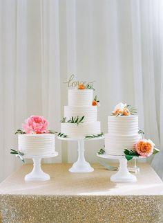 trio de bolos para casamento