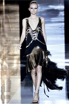 20s style on catwalk - Stile anni 20 sulla passerella #catwalk #1920style #modaanni20