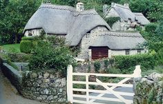 Thatched cottages, Buckland in the Moor, Devon by stonemouse, via Flickr