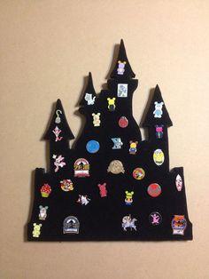 Pin castle Disney pin trading display Disneyland or Hogwarts