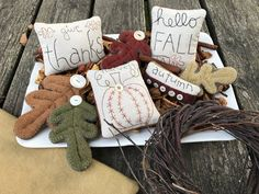Hello Fall (bowl fillers) - Wooden Spool Designs Five fun fall bowl fillers with three different sizes of leaves! They are approx x in size and. Autumn Crafts, Thanksgiving Crafts, Holiday Crafts, Harvest Crafts, Sand Crafts, Fun Diy Crafts, Crafts For Kids, Fall Door Decorations, Fall Decor
