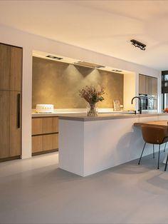 Kitchen Room Design, Modern Kitchen Design, Kitchen Interior, Home Interior Design, Kitchen Hoods, Modern Kitchen Cabinets, Minimalist House Design, New Home Designs, Küchen Design