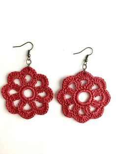 Throw on these cute crochet earrings for a casual day out on the town! These earrings are handmade by New Orleans local artist, Lady Valkryie. Available in a varie Crochet Earrings Pattern, Crochet Jewelry Patterns, Crochet Flower Patterns, Crochet Bracelet, Crochet Accessories, Crochet Flowers, Knitting Patterns, Diy Accessories, Cute Crochet