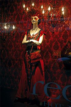 window display | Red