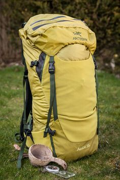 the journeyman traveller reviews the Arc'teryx Axios 35 pack