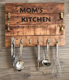 wood pallet kitchen stuffs hanger