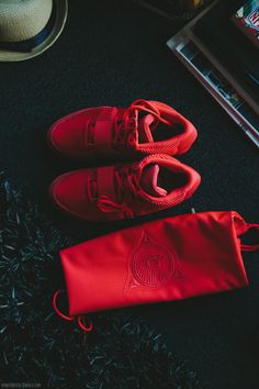 urban x fashion x vertical Red Octobers, Dope Swag, Swag Style, Shoe Game, Shoe Collection, Teen Fashion, High Fashion, Nike Air, Shoes Sneakers