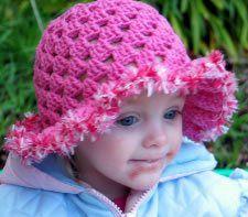 Ruffle Brimmed Style Gorro Granny - Media - Crochet Me